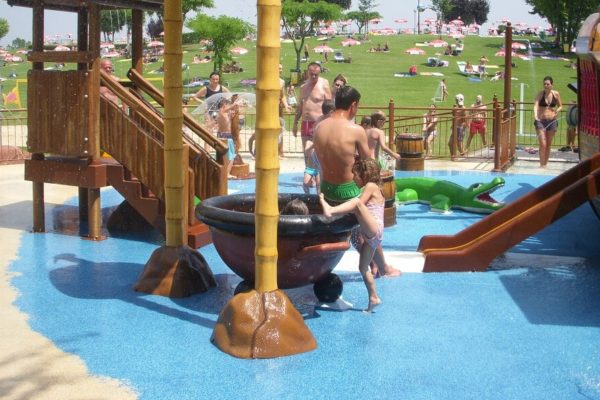 18-water-play-04