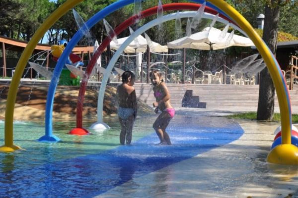 18-water-play-10